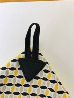 L'écharpe col : le tuto – Comme une petite envie… Coin Couture, Couture Sewing, Patron Crochet, Fabric Crafts, Sewing Projects, Sewing Patterns, Detail, Comme, Loew