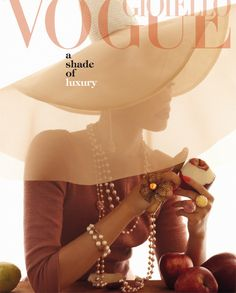 #FASHIONFORECAST- Floppy hat pearls for summer just like this #vogue cover shoot