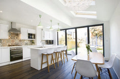 What You Have to Know About Trendy Kitchen Layout Open Beams and Why - homeknicknack Open Plan Kitchen Dining, Kitchen Living, New Kitchen, Kitchen Ideas, Island Kitchen, Kitchen Units, Kitchen On One Wall, Kitchen Decor, Kitchen Cabinets