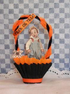 Halloween nut cup