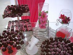 itens que compoem a mesa de doces da festa de quinze anos - Pesquisa Google