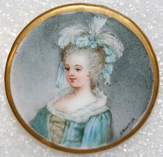 Antique button from England.  Beautiful porcelain miniature painting - lovely.  circa 1880
