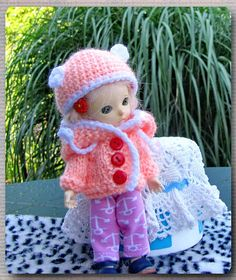 1 x hand-knit world with hood 1 x crochet hat 1 x knit trousers Knit World, Fairy Land, Piece Of Clothing, Bjd, 3 Piece, Hand Knitting, Crochet Hats, Dolls, Free Shipping
