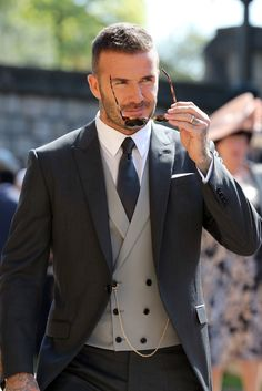 David & Victoria Beckham Attend Their Second Royal Wedding!: Photo David Beckham and Victoria Beckham are one stylish couple while arriving for the Royal Wedding at St. George's Chapel at Windsor Castle on Saturday morning (May… Mens Fashion Suits, Mens Suits, 90s Fashion, Groom Fashion, Groom Suits, Groom Tuxedo, Suit Men, Street Fashion, Fashion Trends