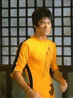 #BruceLee Bruce Lee Games, Bruce Lee Movies, Bruce Lee Art, Bruce Lee Martial Arts, Bruce Lee Quotes, Way Of The Dragon, Enter The Dragon, Eminem, Bruce Lee Training