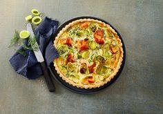 Salmon pie - Get the recipe now at Arla. Salmon Pie, Quiche, Protein, Menu, Dessert, Dining, Breakfast, Recipes, Food