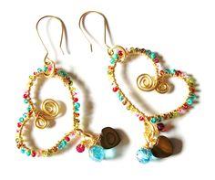 zarcillos  Amor by Mary Joyas.Love earrings by Mary Joyas.