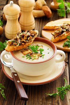 Суп-пюре с белыми грибами.