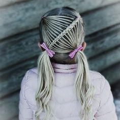Pigtail style inspired by @pr3ttygirl79 . . . . . #braid #braids #brainding #braidideas #braidinspo #flette #tresse #trenza #peinado #plaits #kidshair #kidshairstyles #hair #hairdo #hairstyle #blondehair #pink #cute #toddlerhairstyles #frisyre #styling #hairofinstagram #pigtails #curls