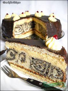 Black Rose cake ( – Famous Last Words Sicilian Recipes, Greek Recipes, Romanian Food, Romanian Recipes, Russian Desserts, India Food, Rose Cake, Sweet Cakes, Something Sweet