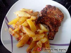 Χοιρινές μπριζόλες κοντοσούβλι #sintagespareas Greek Recipes, Steak, Pork, Food And Drink, Beef, Cooking, Kale Stir Fry, Meat, Kitchen