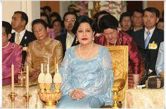 เหตุการณ์สำคัญ : สมเด็จพระนางเจ้าฯ พระบรมราชินีนาถ บำเพ็ญพะราชกุศลในเทศกาลออกพรรษา ๒๕๕๐