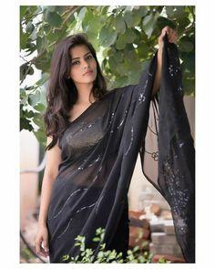 Beautiful Girl Photo, Beautiful Girl Indian, Most Beautiful Indian Actress, Beautiful Saree, Beautiful Models, Beautiful Women, Beauty Full Girl, Beauty Women, Hot Girls
