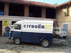 Hy Pub Citroën 2CV