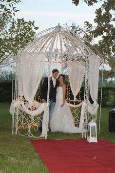 Gazebo del giardino allestito da Eventi Wedding. CORTE DEI PADULI -Wedding Location- Reggio E., Italy. www.deipaduli.org