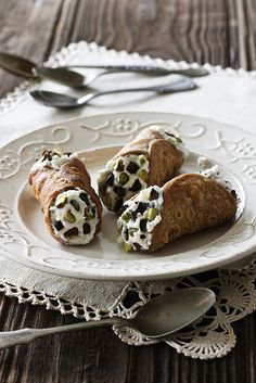 Cannoli - hands down one of the most delicious sweet treats ever invented on Italian soil. #pistachios
