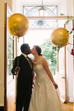 Kissing in the entrance hall at Botleys Mansion, holding gold balloons. Botleys Mansion Wedding, Gold Balloons, Wedding Goals, Surrey, Check It Out, Weddingideas, Real Weddings, Wedding Venues, Wedding Photography