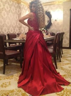 Sexy Red Lace Evening Gowns with Removable Train Long Party Arabic Pageant Dresses