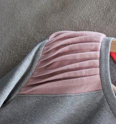 Shoulder on Frejvald sweatshirt