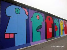 The East Side Gallery is an open-air art gallery painted on a kilometer remaining piece of the Berlin Wall. Over 100 works were painted along the wall in Sadly, many of those were damaged… Outdoor Art, Outdoor Decor, East Side Gallery, Thing 1, Berlin Wall, Photo Essay, Past, Street Art, Art Gallery