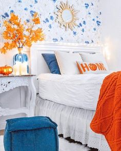 Fall has officially begun and we're not mad about it! We love seeing the way you change up your rooms that we already love so much.😍 What is your favorite way you embrace the change of the seasons?  📷: @sandracozycottage #beddys #zipyourbed #zipperbeading  #adultbedding #fashionablebedding  #bedding #beddings #stylish #homedecor #homeinspo #homedecoration #bedroomdesign Girls Bedroom, Room, Shared Bedrooms, Beddys Bedding, Zipper Bedding, Floral Bedroom, Cozy Guest Rooms, Floral Bedroom Decor, White Bedding