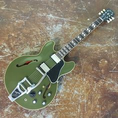 Gibson Memphis ES-345 in a Olive Drab