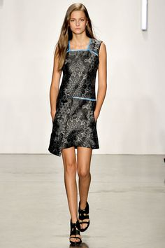 Helmut Lang Spring 2013 Ready-to-Wear Fashion Show - Kasia Struss