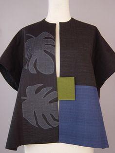 Round Neck Oversized Kimono with Pleated Ripples