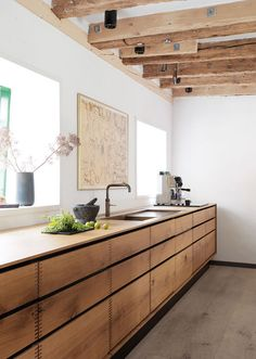 René Redzepi's home. Garde Hvalsøe custom kitchen design.