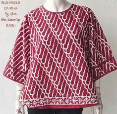 51 Ideas Sewing Clothes Women Tops Simple For 2019 Blouse Batik, Batik Dress, Sewing Clothes Women, Clothes For Women, Workwear Fashion, Fashion Outfits, Toddler Dress Patterns, Long Chiffon Skirt, Batik Fashion
