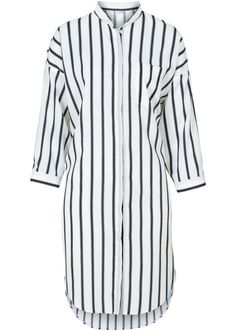 Посмотретьпрямо сейчас:  Модная рубашка марки Bodyflirt. Прекрасно подойдет и в офис, и для повседневной носки. Покрой с небольшим воротником-стойкой, накладным карманом и модным закругленным низом с разрезами по бокам. Красивые рукава длиной 3/4. Общая длина ок. 98 см (разм. 38).