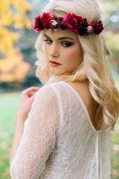 "Unter dem Motto Bohemian Wedding fand unser ""Kiss The Boho Bride"" Styled Shooting u. mit Valentina Burigo, we are flowergirls, Heyday und Goldmarie statt. Boho Bride, Wedding Styles, Kiss, Flower Girl Dresses, Bohemian, Headbands, Wedding Dresses, Photography, Ideas"