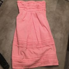 Pink sear suckered strapless dress Pink and White Sear sucker. Pleated details. Strapless. Hidden pockets. In excellent condition. Cynthia Steffe Dresses Midi