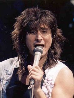 STEVE PERRY!!! I LOVE YOUR VOICE your music makes me so happy!