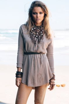 I love this look by Sabo Skirt. so cool and casual! Blue Long Sleeve Dress, Dress Long, Belted Dress, Sabo Skirt, Best Wear, Long Blouse, Fashion Wear, Fashion Spring, Clothes