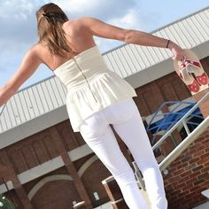 white jeans, white linen pants - must haves!