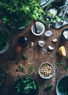 Pesto in the making- food photography Food Photography Styling, Food Styling, Cooking Photography, Food Design, I Love Food, Food Art, Food Inspiration, Food And Drink, Herbs