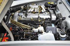 Mercedes-Benz Motorraum W113 Pagode | Nostalgic Oldtimerreisen