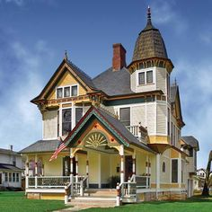 House Parts you didn't know had a name--second empire house Victorian Architecture, Architecture Details, Architecture Portfolio, Classical Architecture, House Architecture, Beautiful Buildings, Beautiful Homes, Victorian Style Homes, Victorian Houses
