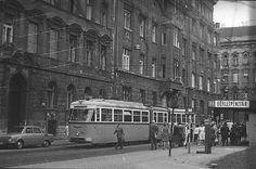Budapest Old Pictures, Old Photos, Capital Of Hungary, Commercial Vehicle, Budapest Hungary, Historical Photos, Tao, My Dream, Arch