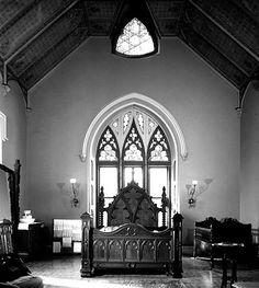 Victorian, gothic bedroom #vintage