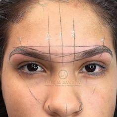 Eyebrow Shading, Eyebrow Tinting, Eyebrow Makeup, Beauty Makeup, Mircoblading Eyebrows, How To Draw Eyebrows, Maybelline Tattoo, Eyebrow Design, Eyebrow Embroidery