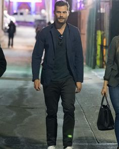 "411 Likes, 2 Comments - Jamie Dornan ITALY (@jamiedornanita) on Instagram: ""Jamie outside Kimmel to take autographs and pictures, last night !! ___ #JamieDornan…"""