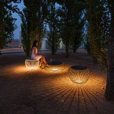 Vibia - Vibia Meridiano Exterior Seat   Exterior Illuminated Furniture   Darklight Design   Lighting Design & Supply Outdoor Garden Lighting, Outdoor Gardens, Modern Landscape Lighting, Blitz Design, Home Lighting Design, Custom Lighting, Lighting Ideas, Garden Lamps, Modern Landscaping