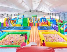 Kids Indoor Playground, Playground Design, Bouncy Castle, Bouncy House, Soft Play Area, Creative Kids Rooms, Fun Places To Go, Most Luxurious Hotels, Dream Home Design
