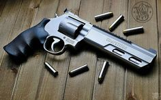 Manufacturer: Smith & Wesson Mod: 686 Competitor Caliber - Calibre: 357 Magnum Capacity - Capacidade: 6 Rds Barrel - Comp. Cano: 6 Weight - Peso: 53...