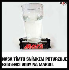 Voda na Marsu Water On Mars, Glass Of Milk, Shot Glass, Beer, Tableware, Root Beer, Ale, Dinnerware, Tablewares
