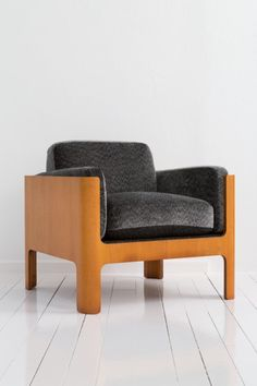 galeria miguel alzueta » JAPAN 1950 Isamu Kenmochi, Arm sofa, 1967