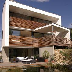 villa eden gardone immobilien ab 1 mio euro moderne. Black Bedroom Furniture Sets. Home Design Ideas