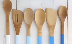 Make color-dipped wooden spoons with this tutorial.